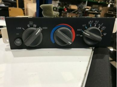 GM 97-02 FIREBIRD TRANS AM AC HEATER CONTROL UNIT 16216462
