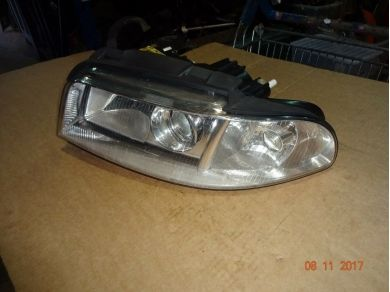 Audi AUDI RS4 DRIVERS SIDE LIGHT AUDI A4 O/S HEADLIGHT AUDI RS4 B6 DRIVERS HEADLAMP