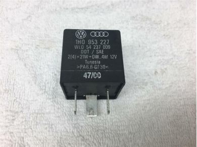 Audi 440-Audi VW Seat Black-191 3-Pin Flasher Relay 1H0953227 WLO 54237009 DOT/ SAE
