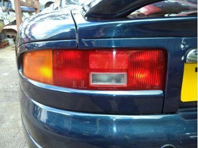 Aston Martin ASTON MARTIN DB7 i6 N/S REAR LIGHT FINISHER DB7 i6 LEFT REAR TRIM T570OVG