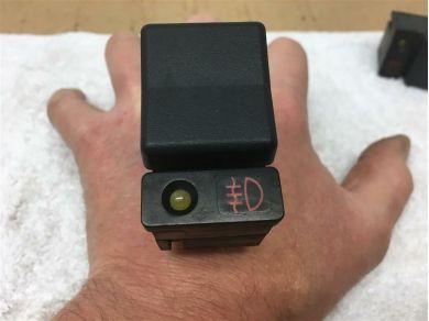 Lotus LOTUS ELAN M100 REAR FOG LAMPSWITCH - B100M6004F - M100 Fog Light Switch