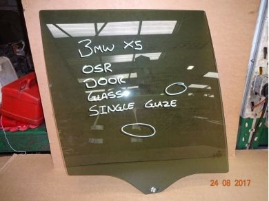 BMW X5 DOOR GLASS BMW X5 E53 RIGHT REAR DROP GLASS X5 O/S/R DOOR GLASS
