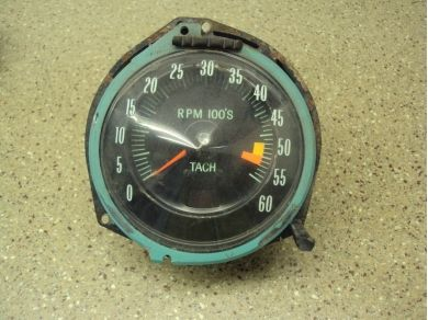 Chevrolet 1967 4 Door Chevrolet Corvair Rev Counter Tachometer NDB389E