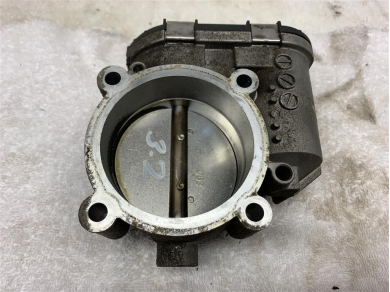Porsche Boxster 986 75mm Throttle Body - 986.605.115.01 98660511501