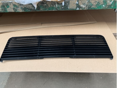 Ferrari FERRARI TESTAROSSA REAR GRILL 61500500 FOR AIR EXHAUST
