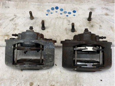 Lotus Elan M100 SE Turbo Front Brake Calipers 1990 Year