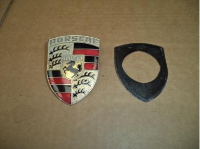 Porsche PORSCHE BADGE . PORSCHE CREST JEC836X 90155921020