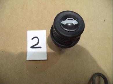 Porsche PORSCHE 928 S4 / GT BOOT RELEASE KNOB No2 A7PXR 92861311400