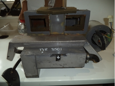 TVR TASMIN - TVR WEDGE HEATER BOX