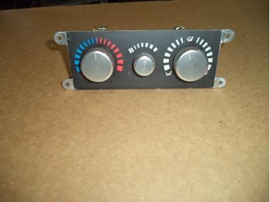 Vauxhall VAUXHALL VX220 HEATER CONTROLS.. loc h3 A116P0014