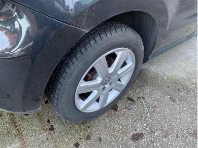 Volkswagen VW Polo Mk5 Alloy Wheel & Tyre 185 x 60 x 15 7 Spoke Alloy & Tyre (1 of 4)
