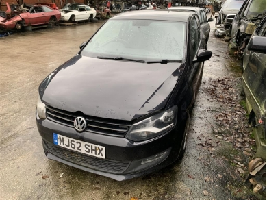 Volkswagen VW Polo Mk5 Front Corner of Suspension 2012 Year Front Left Side Complete