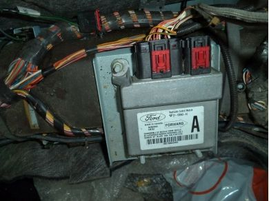 Catalytic Converters & Parts, ECUs/Computers, Fuses Fuse Boxes