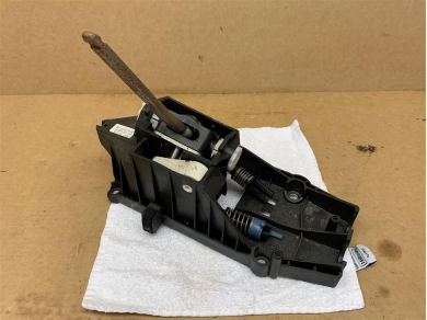 Porsche PORSCHE 997 MANUAL GEAR SELECTOR 99742401000 997 6 SPEED MANUAL GEAR SHIFTER 08
