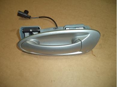 Porsche PORSCHE BOXSTER 987 PASSENGER DOOR HANDLE IN ARCTIC SILVER. JEC8