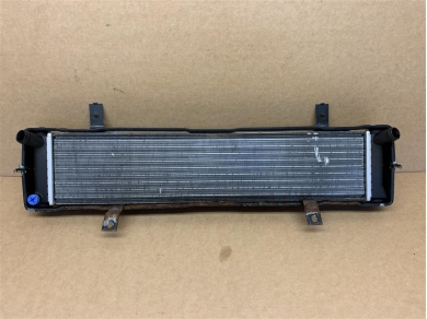 Porsche Boxster S Center Radiator P/n. 99610603751 1999 - 2004 Year Boxster 3.2 S