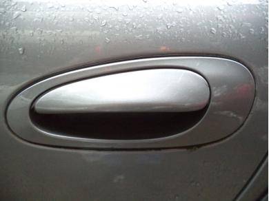 Porsche PORSCHE BOXSTER 986 PASSENGER SIDE OUTER DOOR HANDLE IN SEAL GREY METALLIC AE04 TSY