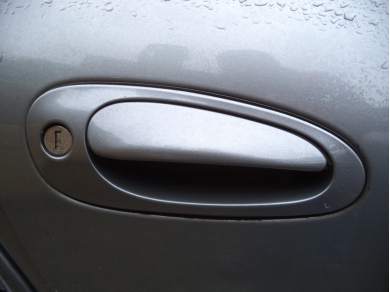 Porsche PORSCHE BOXSTER 986 DRIVERS SIDE OUTER DOOR HANDLE IN SEAL GREY METALLIC AE04 TSY