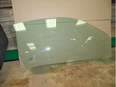 Porsche PORSCHE 996 CARRERA COUPE DRIVERS SIDE GLASS. 996 O/S DROP GLASS T506FUG