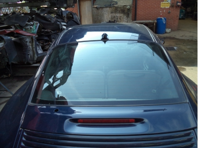 Porsche PORSCHE 996 CARRERA REAR SCREEN. 996 REAR GLASS WINDSCREEN T506FUG
