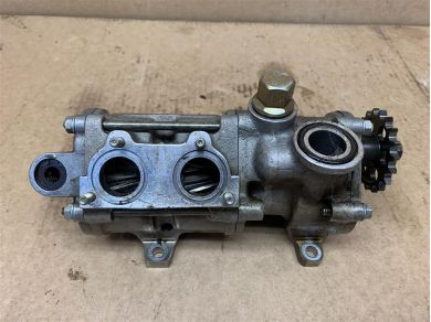 Ferrari FERRARI 348 ENGINE OIL PUMP FERRARI MONDIAL T 3.4 ENGINE OIL PUMP 143479