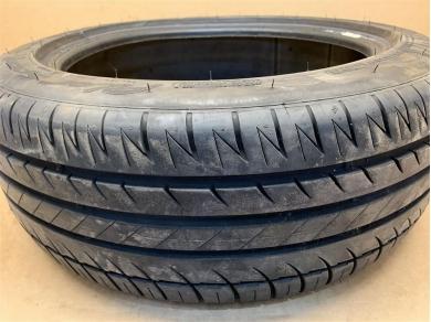 Porsche Michelin Pilot Sport Tyre 205 x 50 x 17 95 Tread
