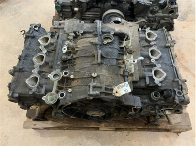 Porsche Boxster 2.5 Engine For Parts Boxster M96.20 Parts Damaged Engine Remains