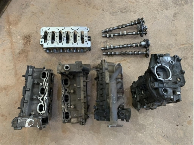 Porsche Boxster Engine Parts Cylinder Heads Crank Carrier Spare Parts Cams