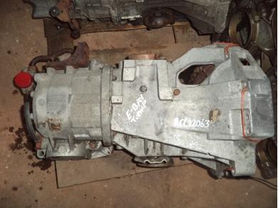 Porsche PORSCHE 924 AUTOMATIC GEARBOX CODE RCC22063 (ABOVE STEVE)