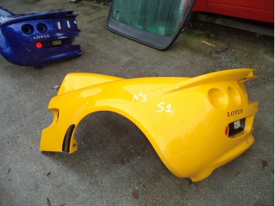 Lotus LOTUS ELISE S1 REAR CLAM SHELL CUT. ELISE N.S CLAM SHELL CUT. No5 lotusluton