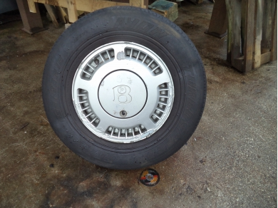 Bentley BENTLEY TURBO R ALLOY WHEEL. BENTLEY ALLOY WHEEL SUBST