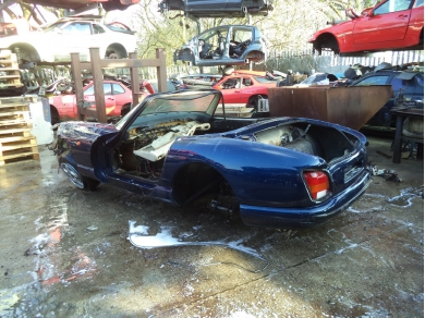 TVR CHIMAERA BODY SHELL AND CHASSIS DAMAGED MT RACKS