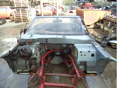 TVR 290 S BODY SHELL REMAINS MT RACKS