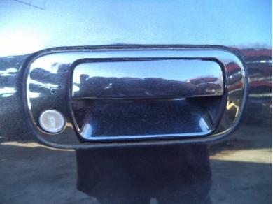 Maserati MASERATI 4200 N/S DOOR HANDLE. MASERATI 3200GT DRIVERS SIDE DOOR HANDLE