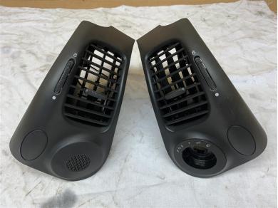Porsche Boxster Dash Air Vents In Black Porsche 996 Dash Air Vents In Black 04Yr