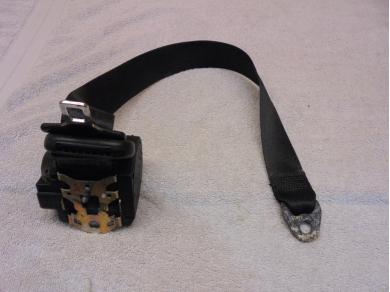 Porsche Boxster R/H Right Seat Belt Porsche Boxster 986 O/S Seat Belt