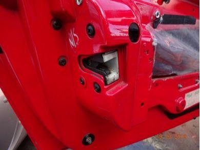 Vauxhall VAUXHALL VX220 N/S DOOR LOCK VX220 LEFT HAND SIDE DOOR LOCK YM03HFL