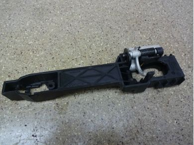 Nissan Navara D40 Driver Outer Handle Bracket - 80610 EB300