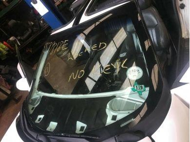 GM 1993-2002 Firebird Formula Trans Am windscreen glass front screen