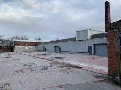 Unbranded 500 Square Foot Secure Unit Workshop Storage For Rent / Standish Lancashire #C1